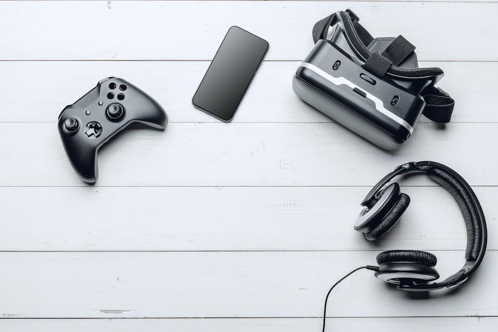 pc gaming desk accessories